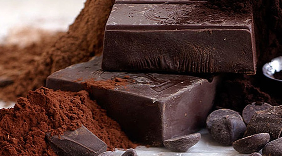 The rise of 100% dark chocolate: what it is & why you should give it a try